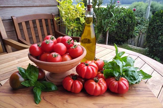 Pomidor smakuje i odżywia – wartości odżywcze pomidora
