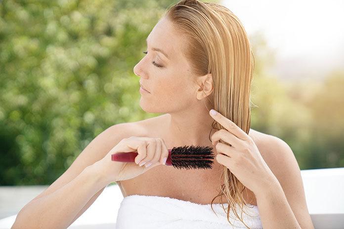 6 wskazówek na błyszczące włosy