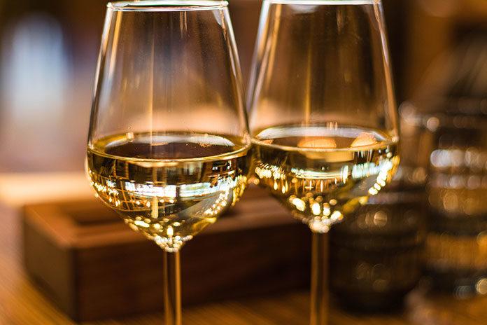 Lampka samodzielnie zrobionego wina
