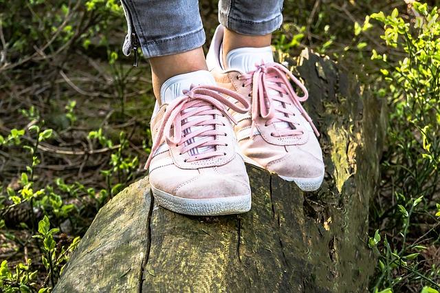 Co robić, gdy stopy się pocą?