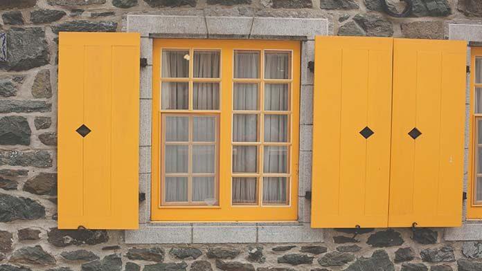 Ciepły montaż okien - czy coś takiego w ogóle