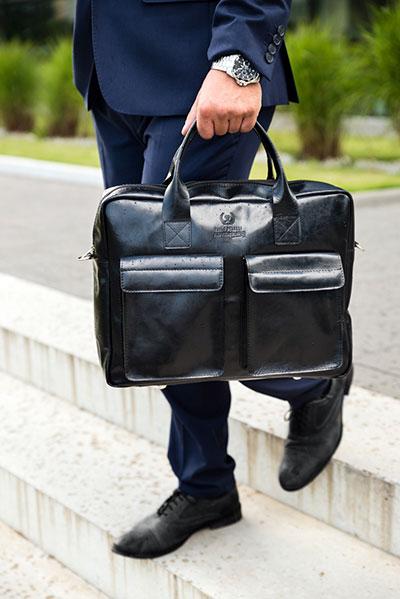 Recenzja skórzanej torby na laptopa Paolo Peruzzi 874-PP - czy warto wydać ponad 300 zł na jej zakup